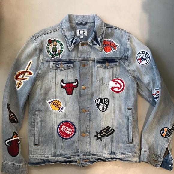 Men s NBA Denim Patch Jacket. M 5b294baa0cb5aaca58a4eaf7 d5a358e5a